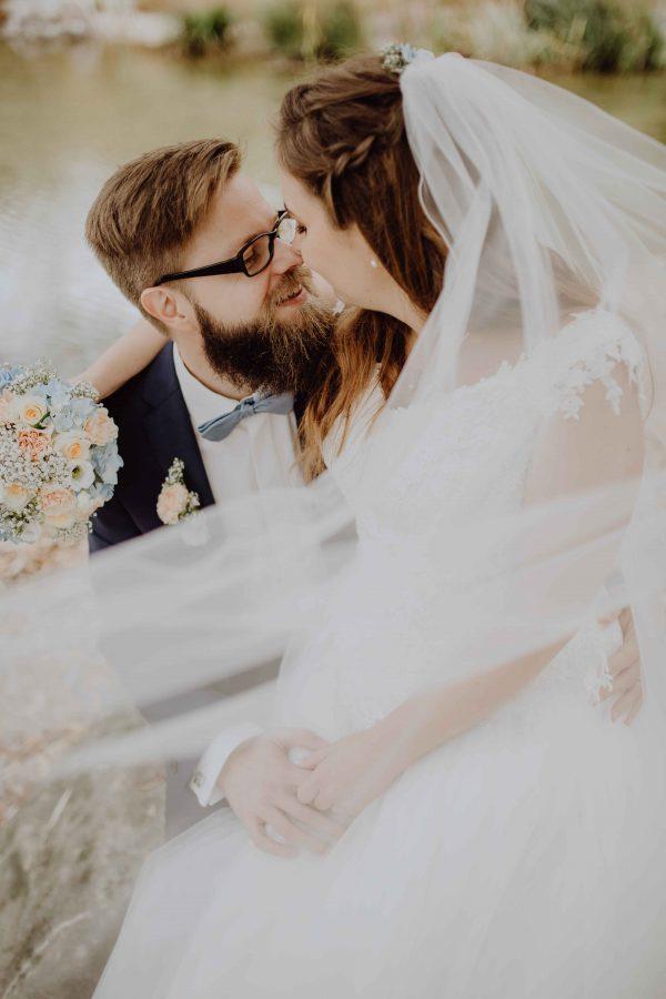 RESI & RUPI – Ramona Janesch – Natürliche Paarfotografie